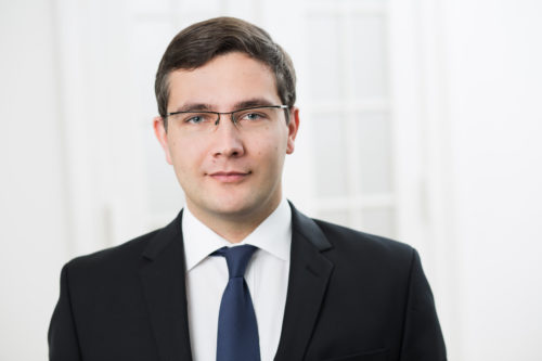 Robert Strauß
