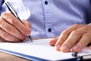 Unwirksame Kündigung des Arbeitsvertrages