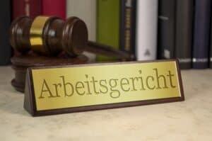 Wolle Sie mehr über die Rechtssprechung zum Thema Kündigung Kündigung bei befristetem Arbeitsvertrag erfahren?