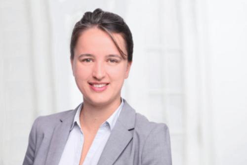 https://www.ra-croset.de/wp-content/uploads/2018/06/anna-boehm-anwaltin-500x334.png